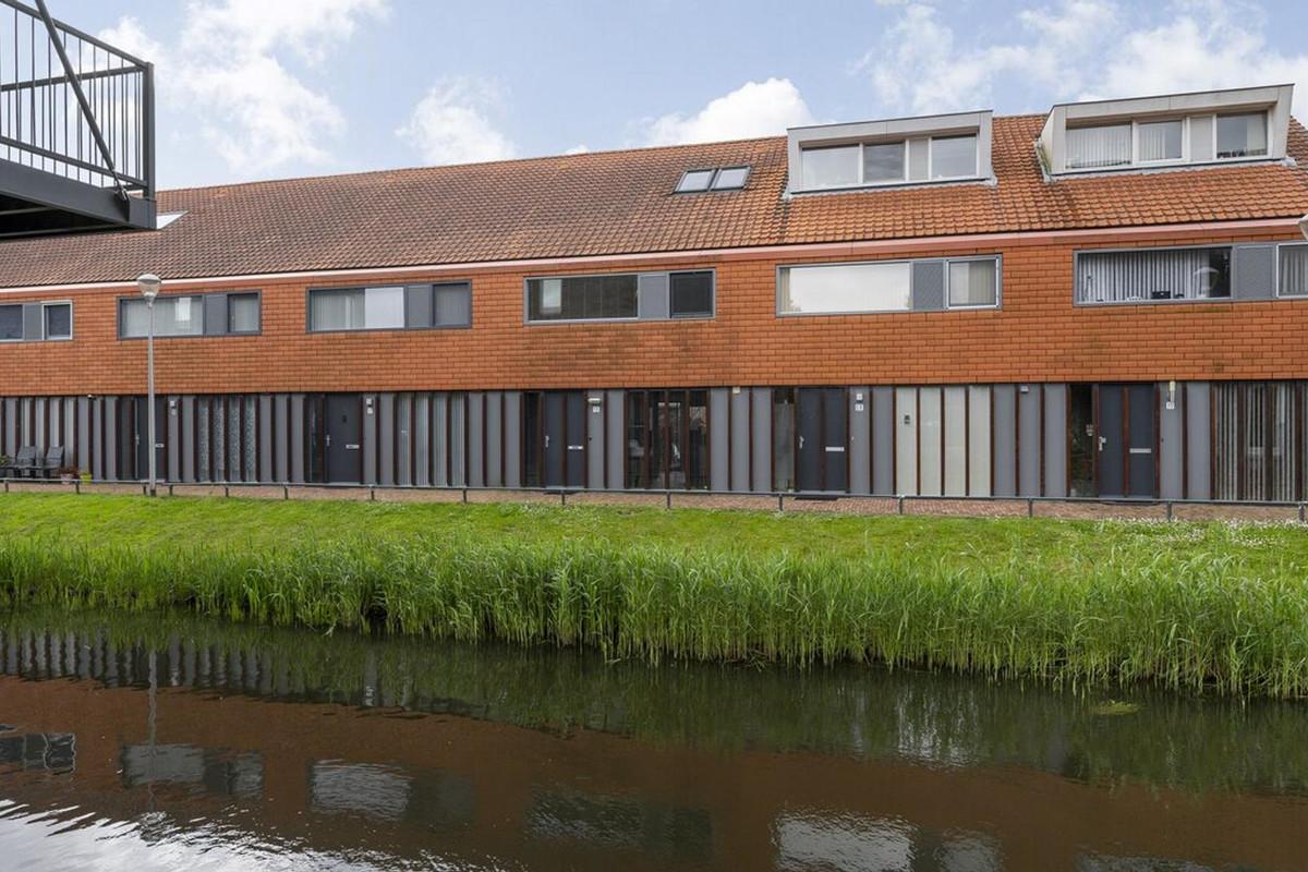 Van der Woudendijk 15