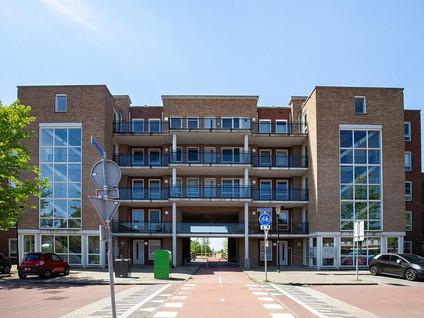 Merantihout 16
