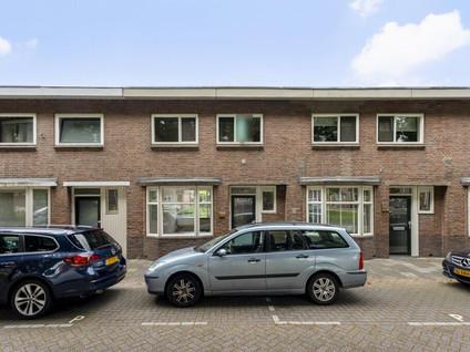 Boezemstraat 24