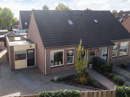 Clematisstraat 8